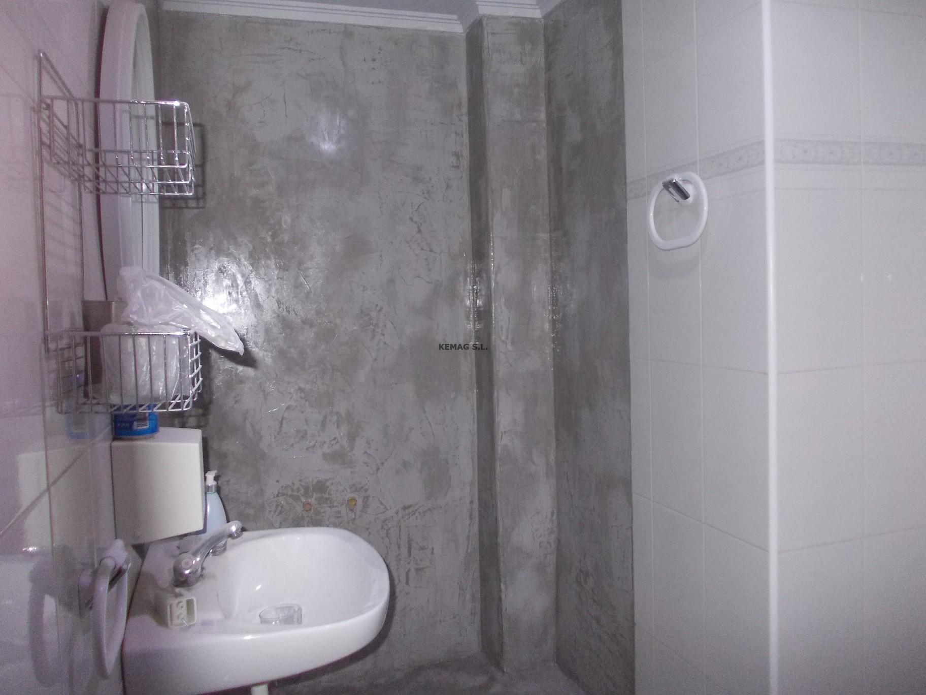 Microcemento en us rbil guipuzcoa kemag pavimentos - Microcemento sobre azulejos ...