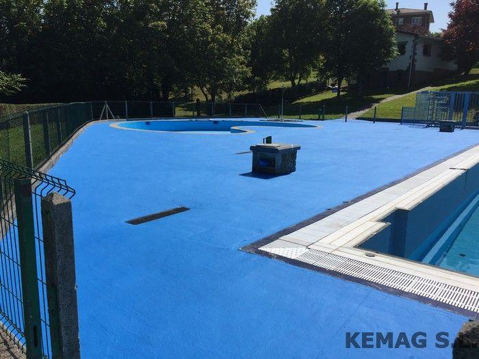 Pavimento exterior piscinas kemag pavimentos for Piscina resina