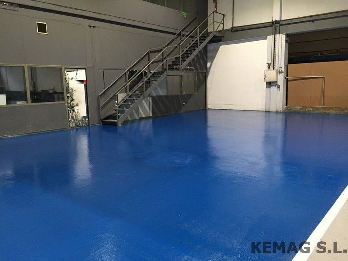 Pintura para suelos epoxi kemag pavimentos - Pintura suelo parking ...
