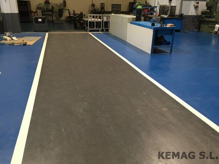 Pintura para suelos epoxi kemag pavimentos for Pintura suelo parking