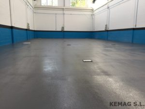 pavimento-resina-antideslizante-04
