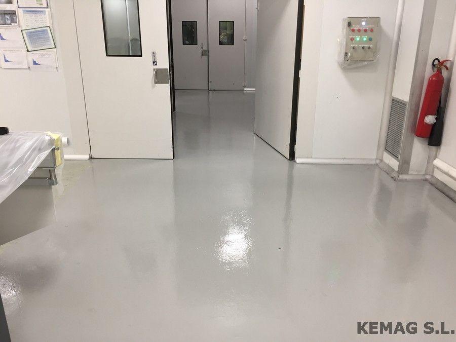 Aplicaci n pintura epoxi en vizcaya kemag pavimentos - Pintura epoxi para suelos ...