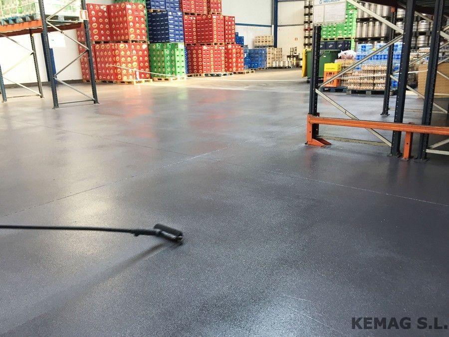 Pintura epoxi antideslizante para suelos kemag pavimentos - Pinturas epoxi para suelos ...