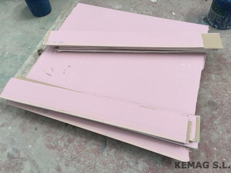 el pladur ignfugo adems de ser muy usado en techos de diversas superficies tambin se suele usar para el desarrollo y proteccin de chimeneas internas