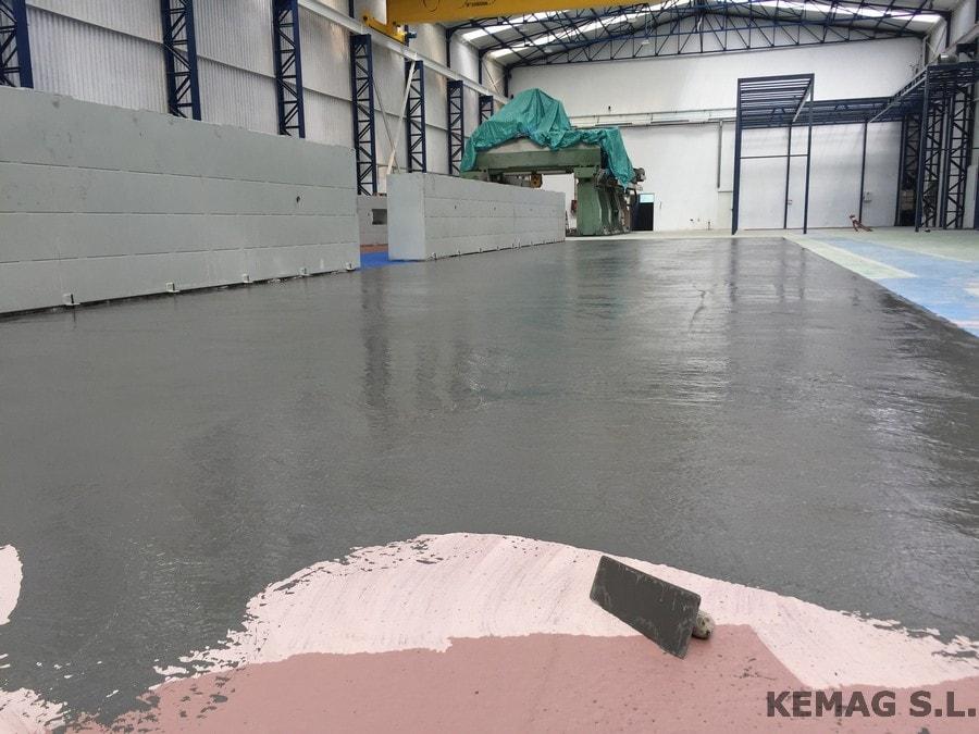 Aplicaci n pintura epoxi en vizcaya kemag pavimentos - Pintura de suelos ...