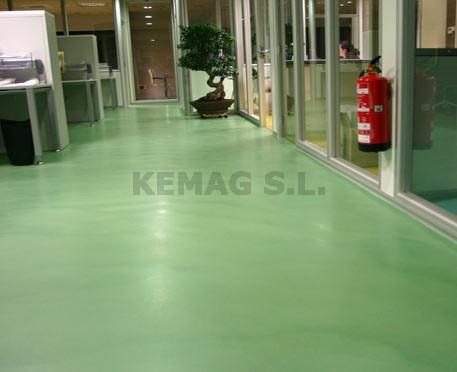 Aplicar capa acabado microcemento kemag pavimentos - Pavimentos de microcemento ...