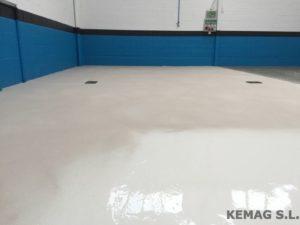 pavimento-resina-antideslizante-01