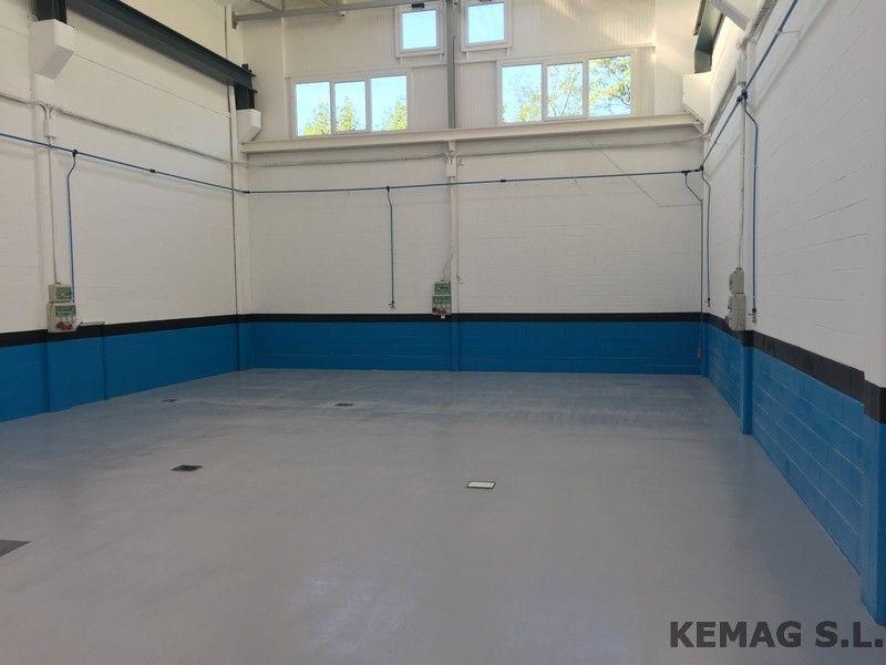 Pintura antideslizante archivos kemag pavimentos for Pavimento antideslizante