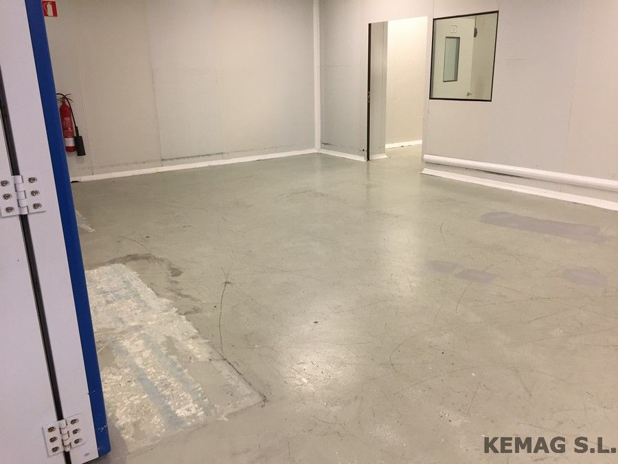 Aplicaci n pintura epoxi archivos kemag pavimentos - Pintura para suelo ...