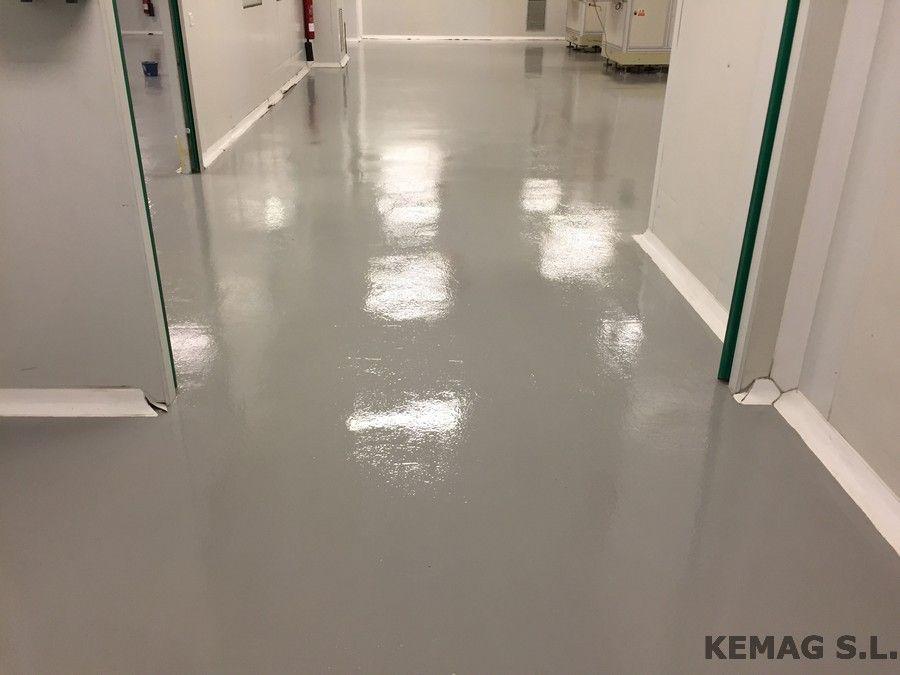Aplicaci n pintura epoxi en vizcaya kemag pavimentos - Pintura para suelo ...