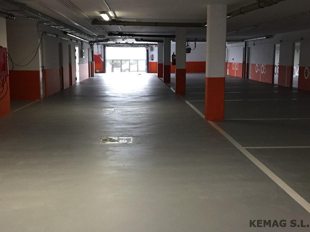 Pintura en parking y garajes archivos kemag pavimentos for Pintura suelo parking